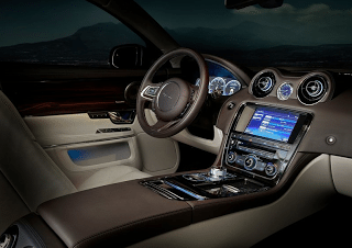 2012 Jaguar XJ Interior
