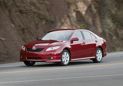 2008 Toyota Camry red SE