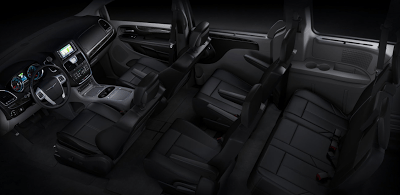 2012 Chrysler Town & Country interior