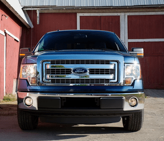 2013 Ford F-150 Blue front end