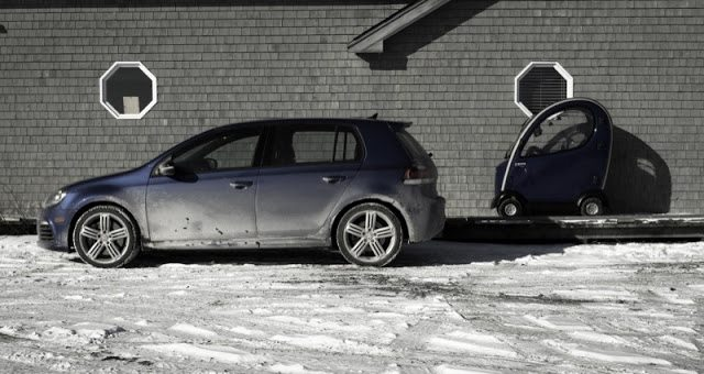 2013 Volkswagen Golf R side angle Shoprider