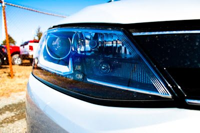 2013 Volkswagen Jetta Turbo Hybrid Highline headlight