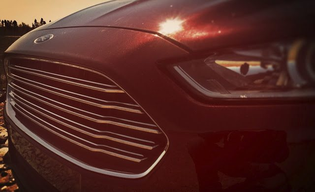 2013 Ford Fusion grille front end