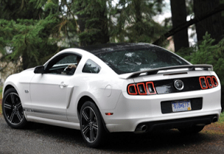 2013 Ford Mustang GT White