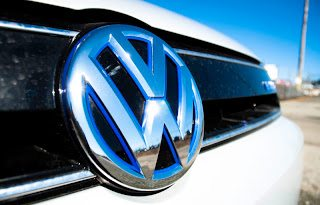 2013 VW Jetta Turbo Hybrid logo