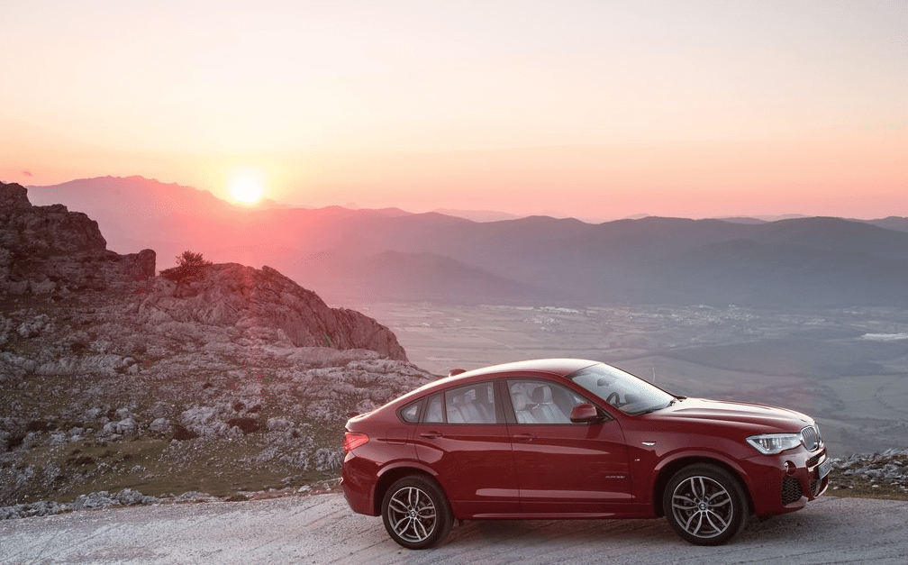 2015 BMW X4 red