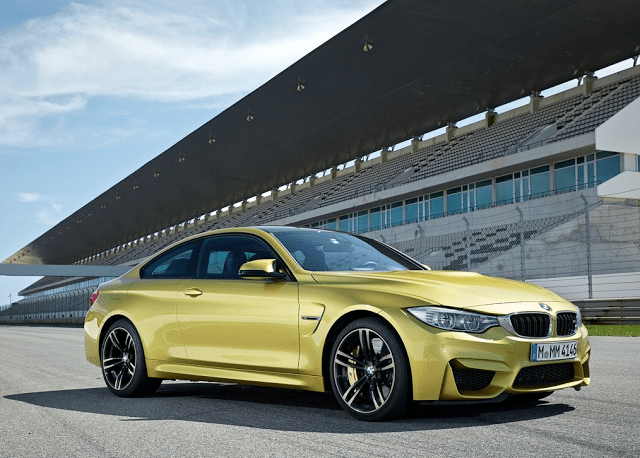 2015 BMW M4 coupe yellow