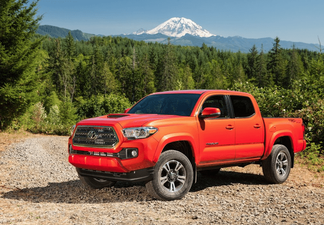 2016 Toyota Tacoma Double Cab red
