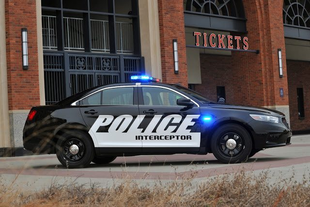2016 Ford Taurus Police Interceptor Sedan Source