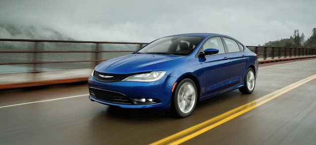 2015 Chrysler 200 blue