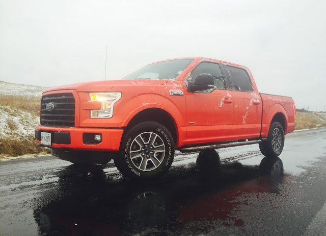 2016 Ford F-150 SuperCrew 4x4 XLT Sport red