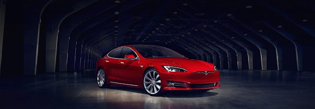 2016 Tesla Model S facelift red