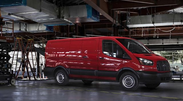 2016 Ford Transit red