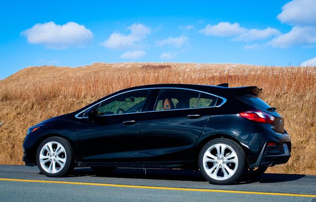 Review 2017 Chevrolet Cruze Hatchback Premier A Good Car In Need Of Train