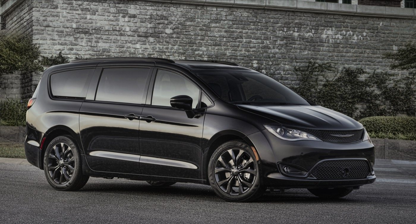 2018 Chrysler Pacifica S Appearance Package - Image: Chrysler