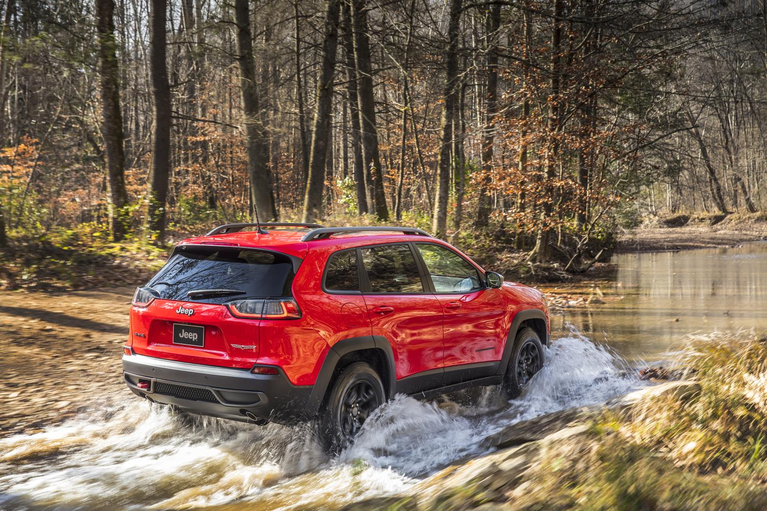 Decline In Jeep Sales At Odds With Marchionne's Targets | Jeep Cherokee, which recently received a refresh, has not been selling as well as FCA CEO Sergio Marchionne had hoped in Europe