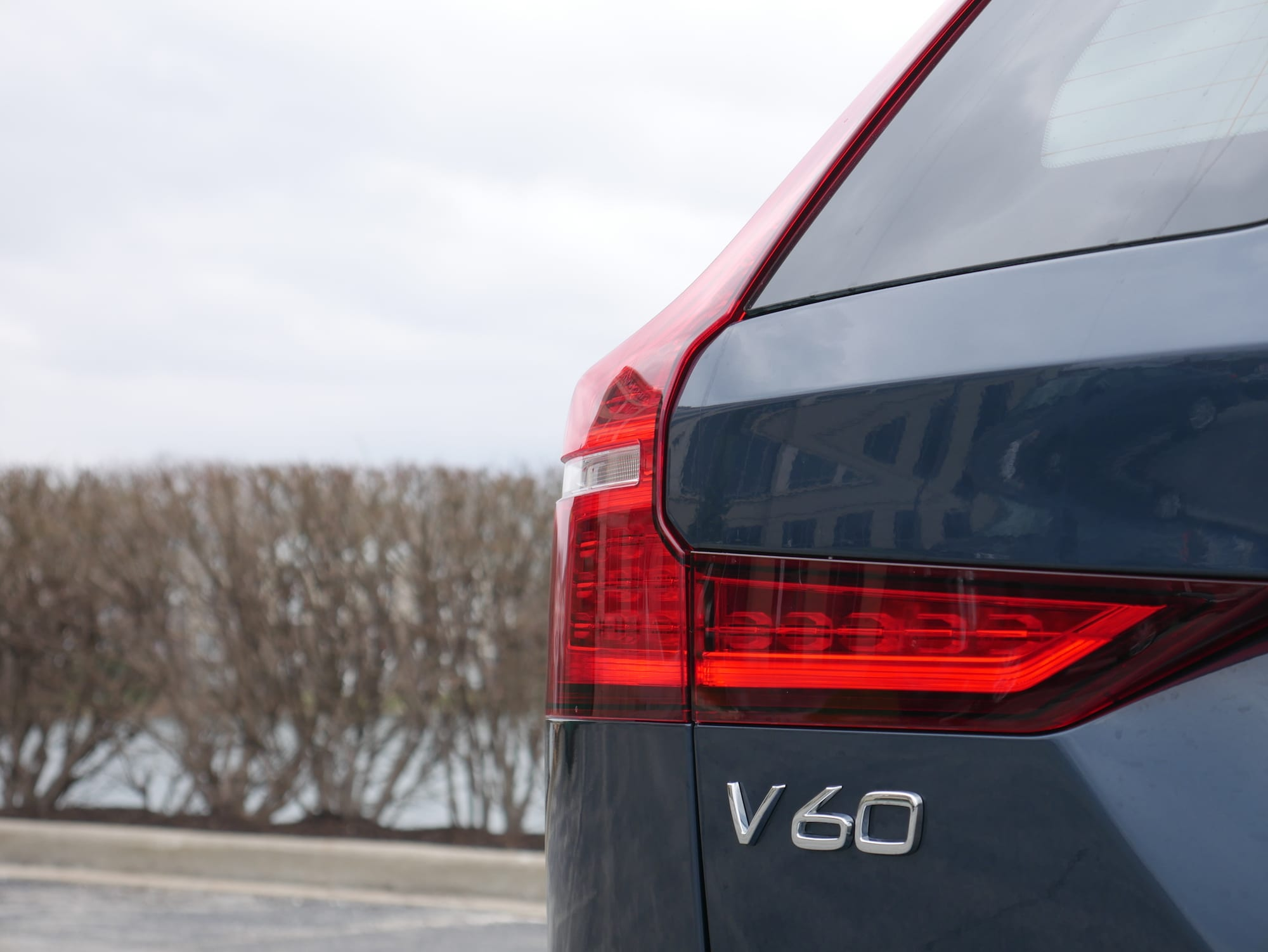 2019 Volvo V60 T6 Inscription badging