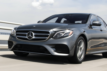 Canada midsize luxury car sales
