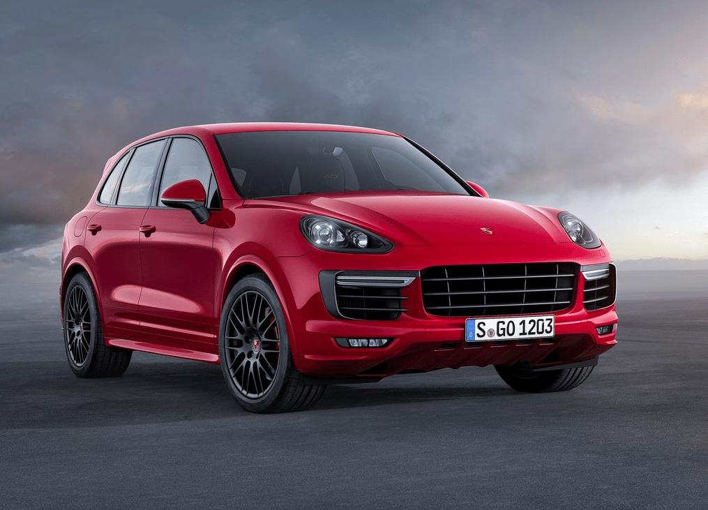 2015 Porsche Cayenne GTS red
