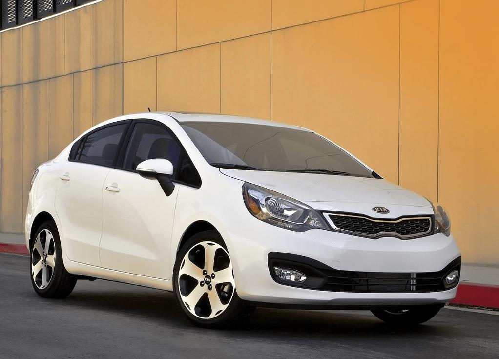 Kia Rio white sedan
