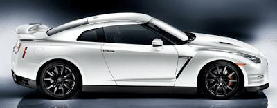 2012 Nissan GT-R White