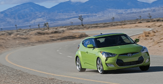 2012 Hyundai Veloster Green Cornering