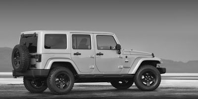 2012 Jeep Wrangler Unlimited Arctic Edition Profile
