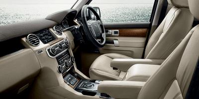 2012 Land Rover LR4 cabin