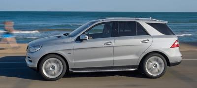 2012 Mercedes-Benz M-Class profile view