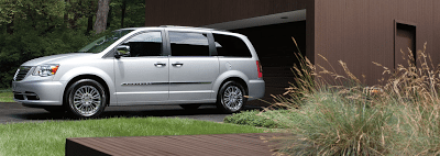 2012 Chrysler Town & Country Silver