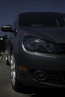 2012 Volkswagen Golf Comfortline Front Side Angle