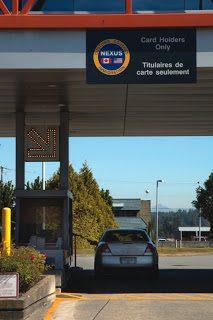 Canada/U.S. border Pontiac G6