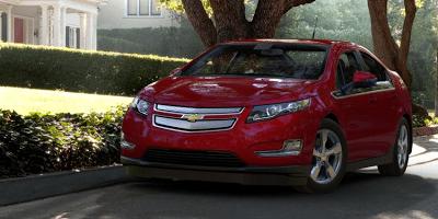 2013  Chevrolet Volt red