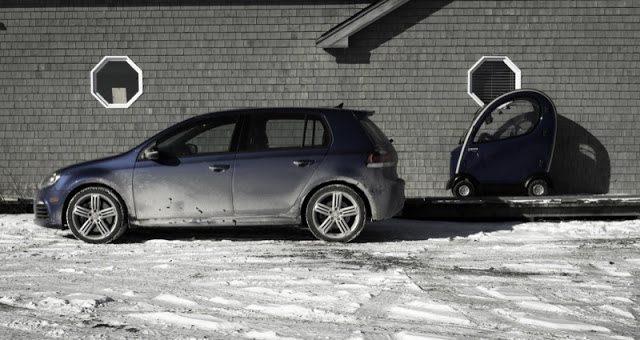 2013 Volkswagen Golf R side angle Shoprider