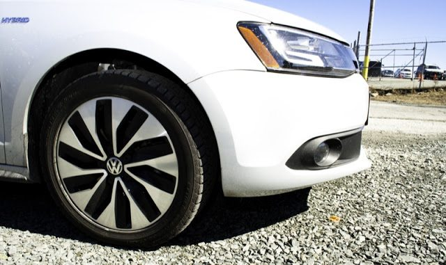 2013 Volkswagen Jetta Turbo Hybrid Highline Wheel