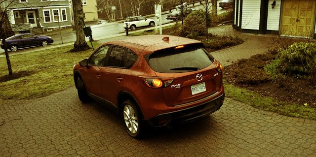 2014 Mazda CX5 GT rear three quarter angle