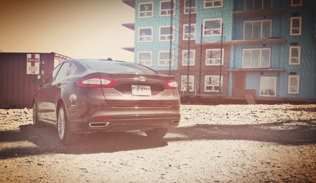2013 Ford Fusion SE AWD rear view