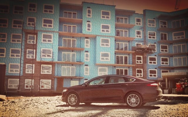 2013 Ford Fusion SE AWD side view