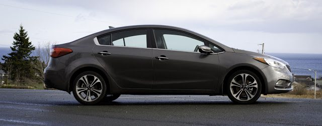 2014 Kia Forte SX side view