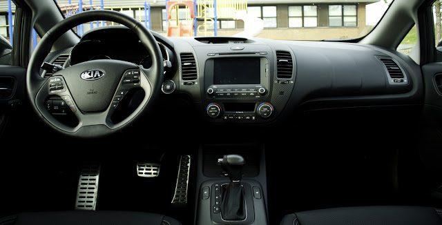 2014 Kia Forte SX interior