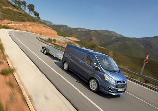2015 Ford Transit Custom towing
