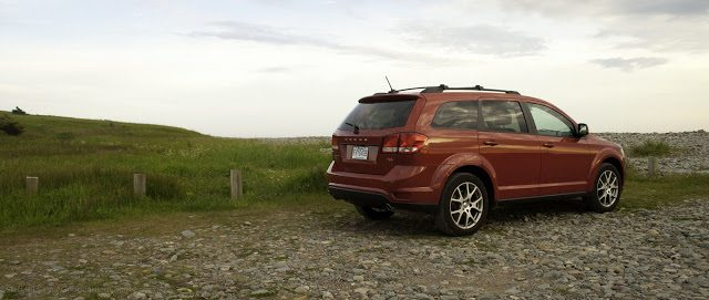 2013 Dodge Journey R/T Rallye rear three quarter