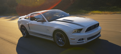 2013 Ford Mustang white