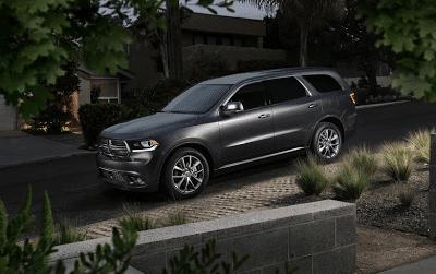 2014 Dodge Durango grey driveway