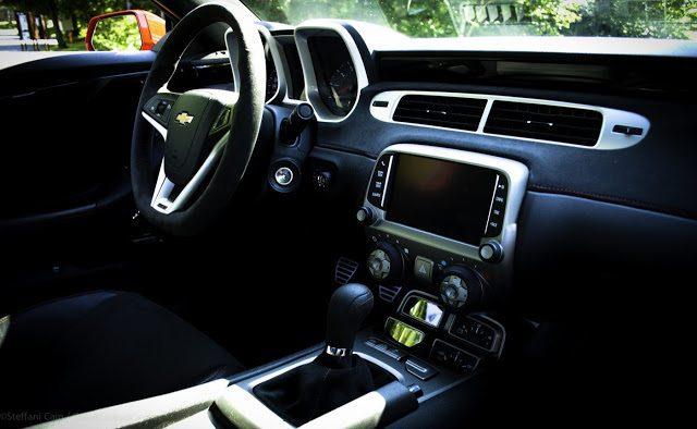 2013 Chevrolet Camaro ZL1 interior