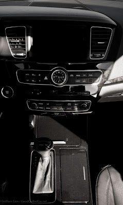 2014 Kia Cadenza interior dashboard