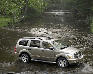 2004 Dodge Durango river