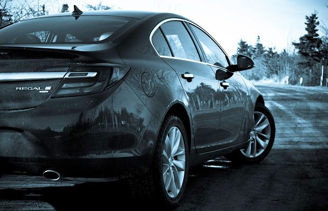2014 Buick Regal rear view