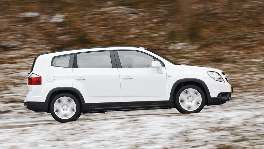 2012 Chevrolet Orlando white