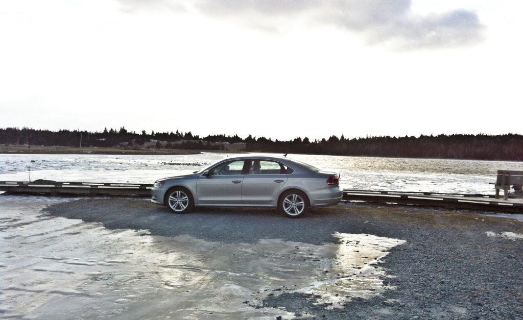2014 Volkswagen Passat TDI Highline profile